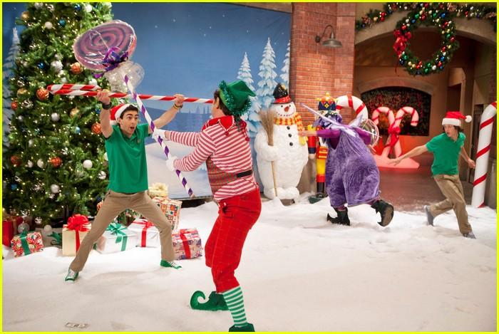 kickin it christmas nuts stills 06