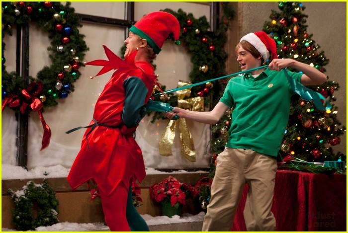 kickin it christmas nuts stills 07
