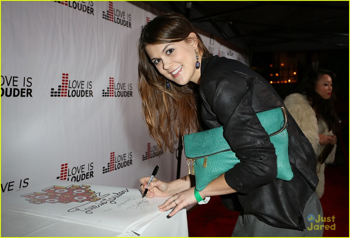 lindsey shaw chaz dean party 03