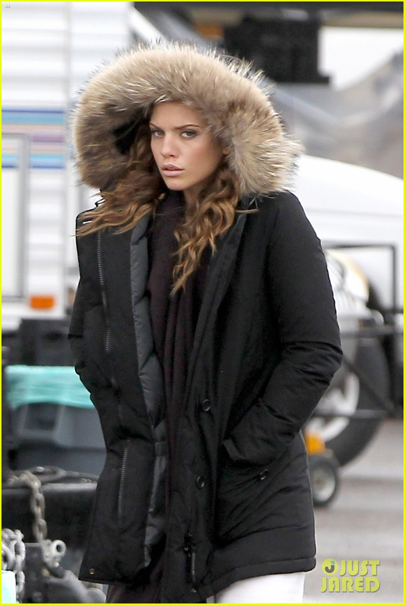 annalynne mccord rainy 90210 set 03
