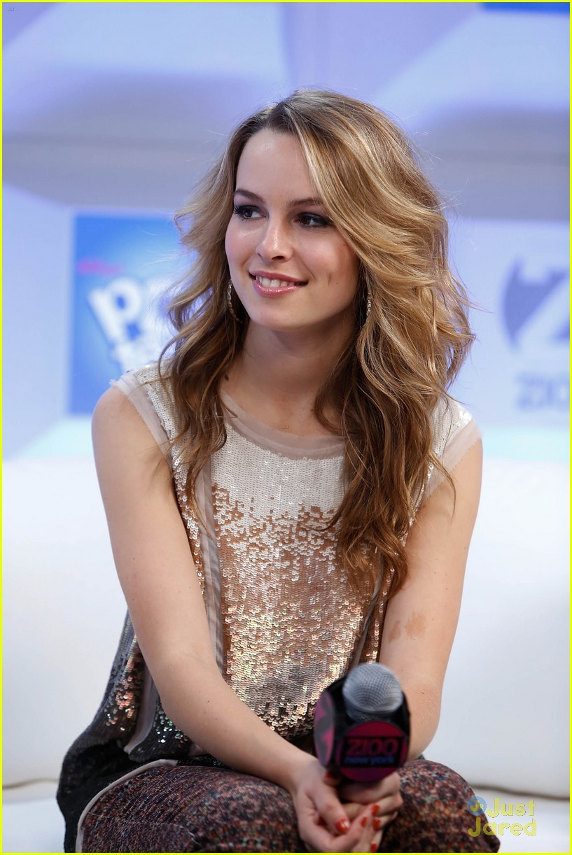 bridgit mendler tampa jingle ball 20