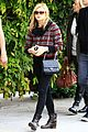 chloe moretz lunch date mom 02