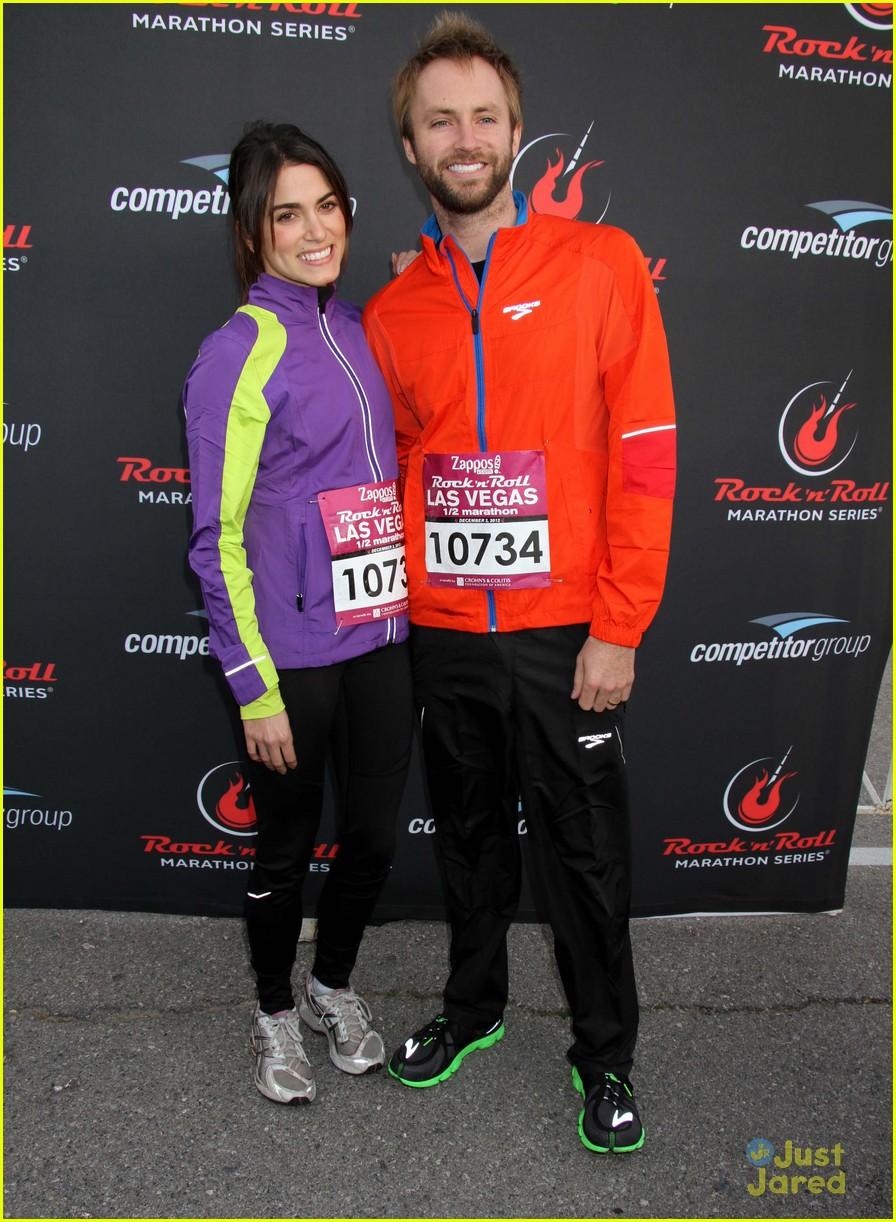 nikki reed paul mcdonald marathon vegas 03