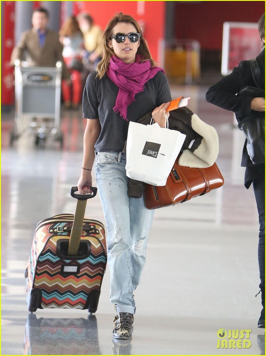 emma roberts lax departure 21
