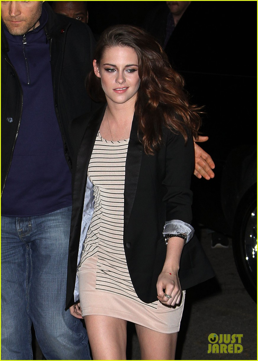 kristen stewart on the road premiere nyc 19