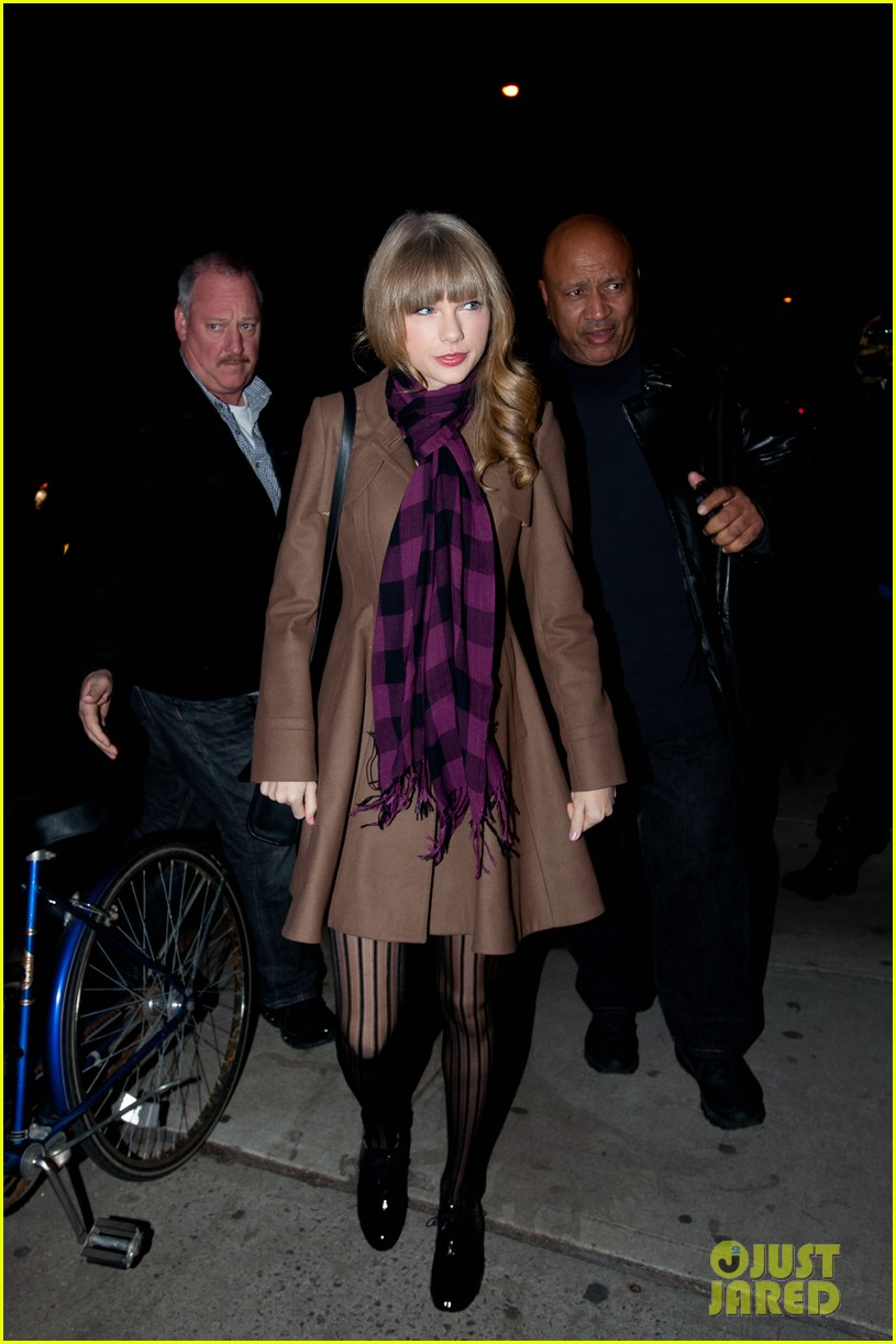 taylor swift back in nyc 12