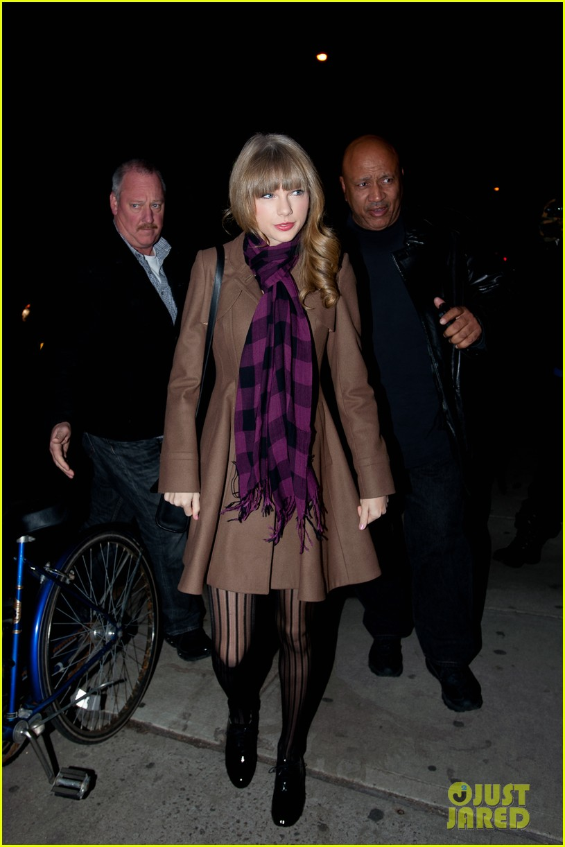 taylor swift back in nyc 13