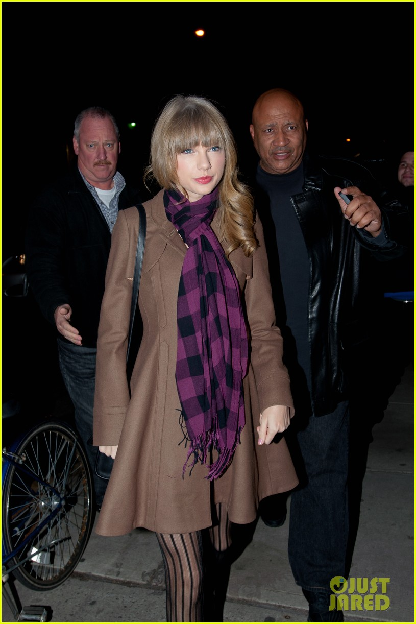 taylor swift back in nyc 14