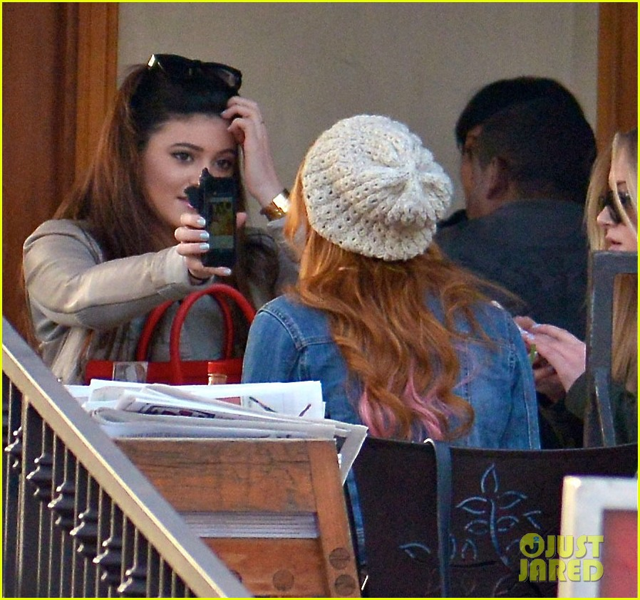 bela thorne kylie jenner lunch 02