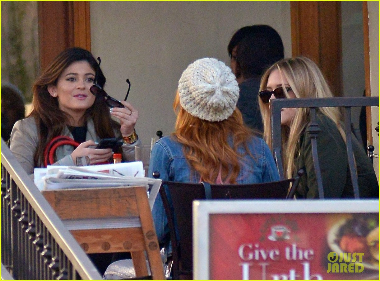 bela thorne kylie jenner lunch 26