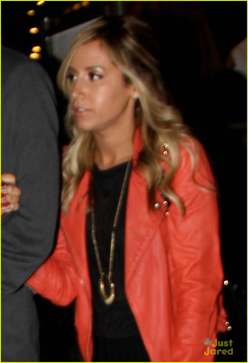 ashley tisdale grove shop 01