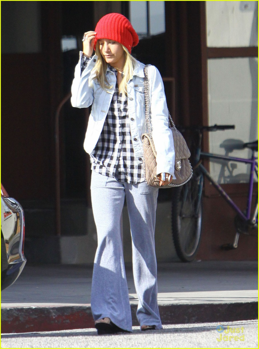 ashley tisdale planet blue kings road 14