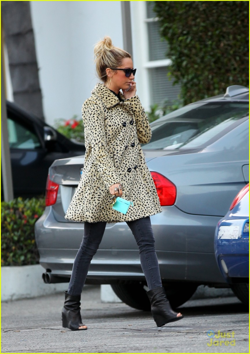ashley tisdale gym meeting 11