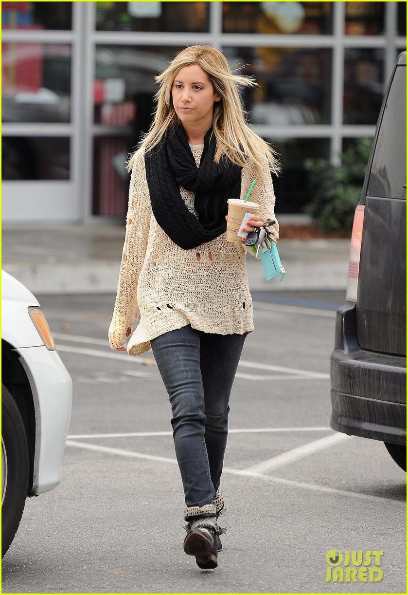 ashley tisdale starbucks studio city 14