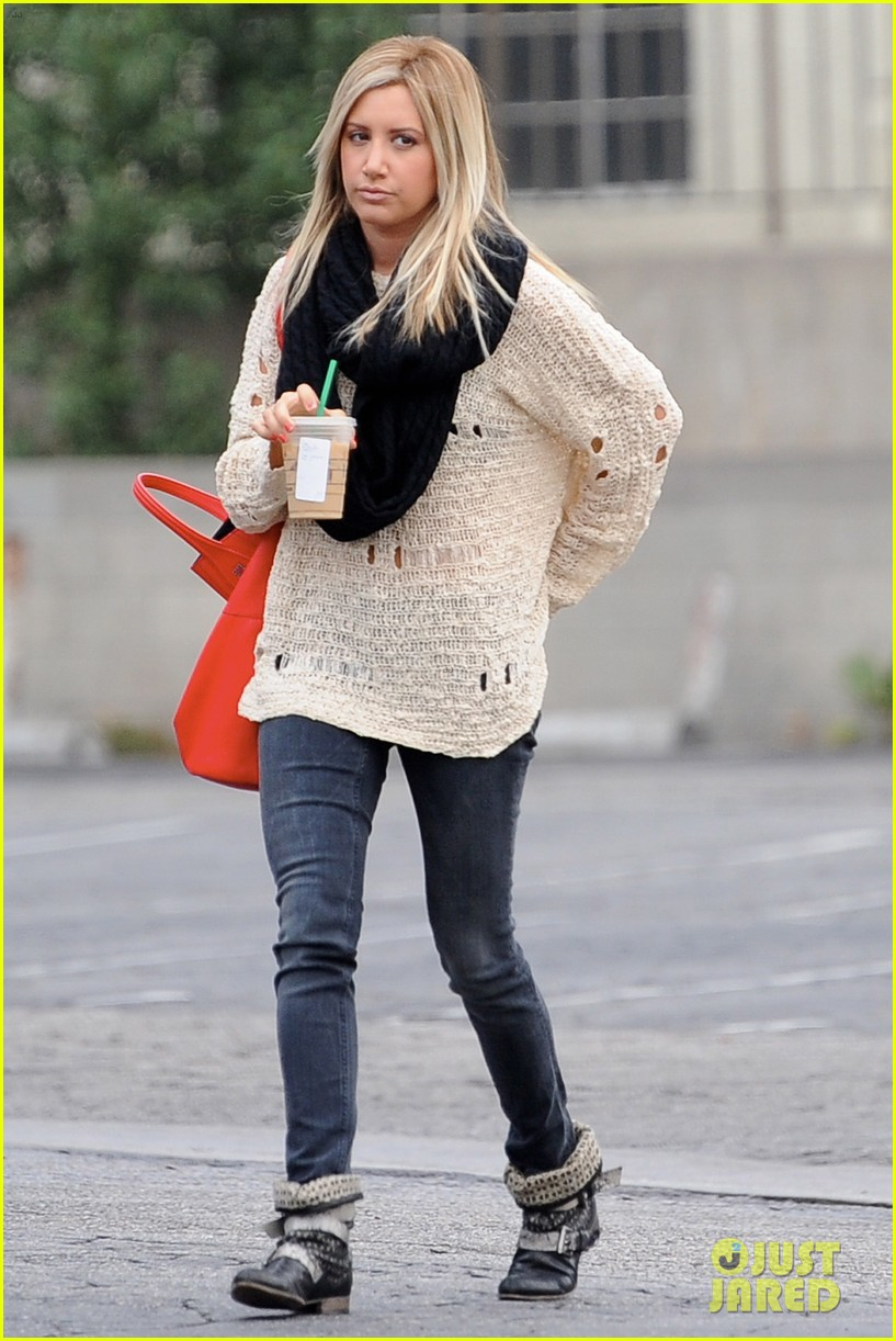 ashley tisdale starbucks studio city 21