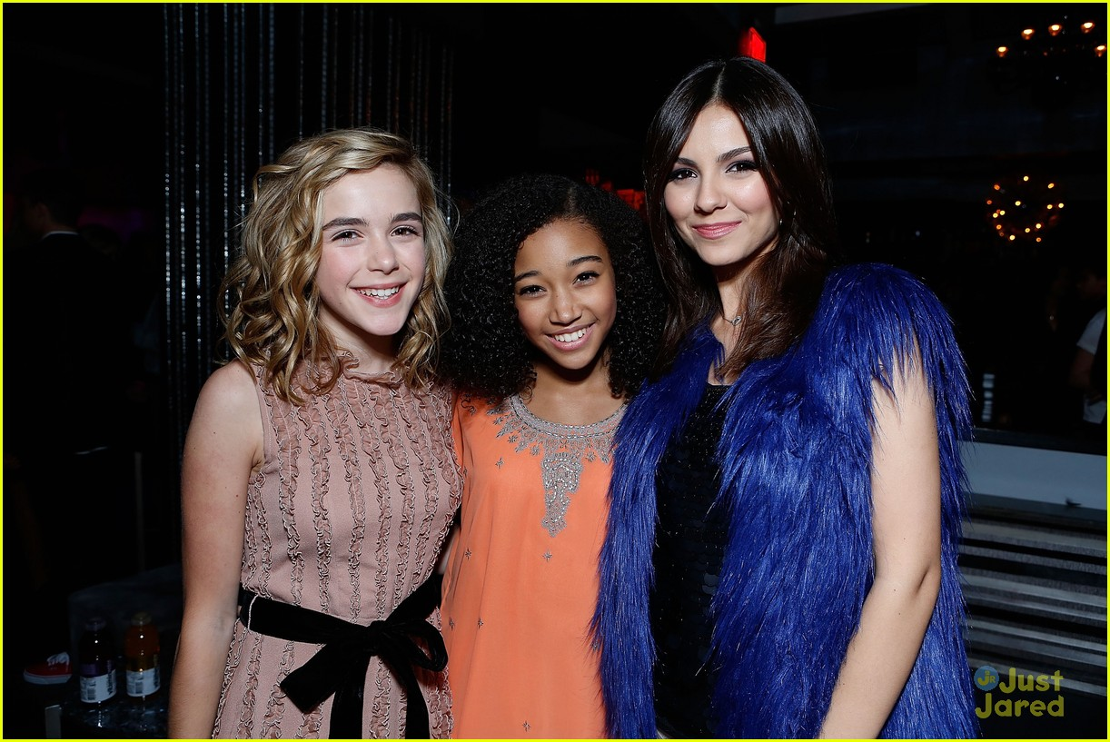 victoria justice hailee steinfeld party 05
