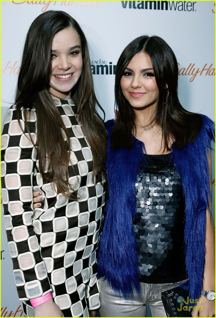 victoria justice hailee steinfeld party 14