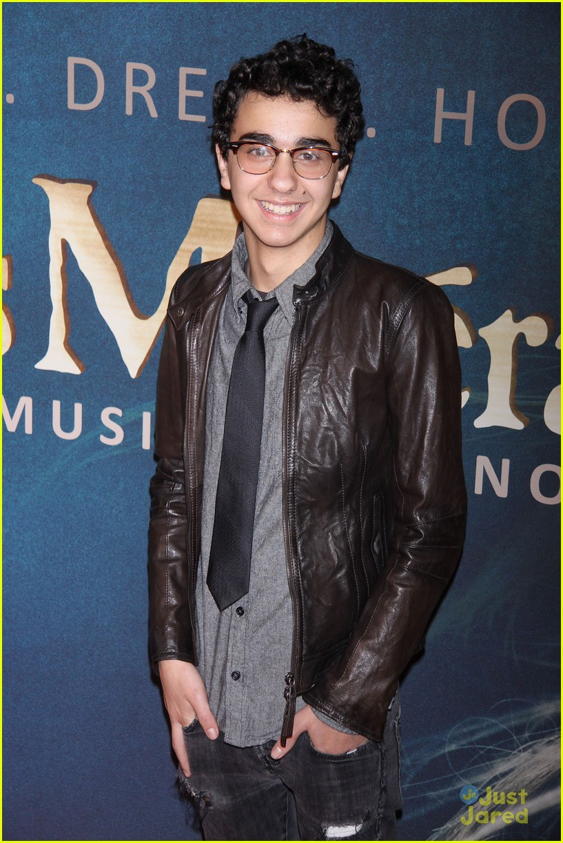 nat alex wolff les miserables 07