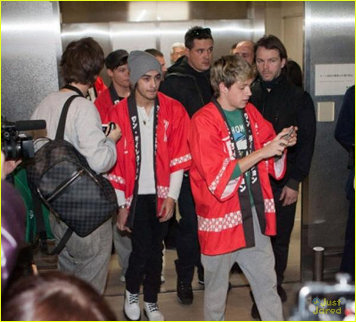 one direction tokyo arrival 05