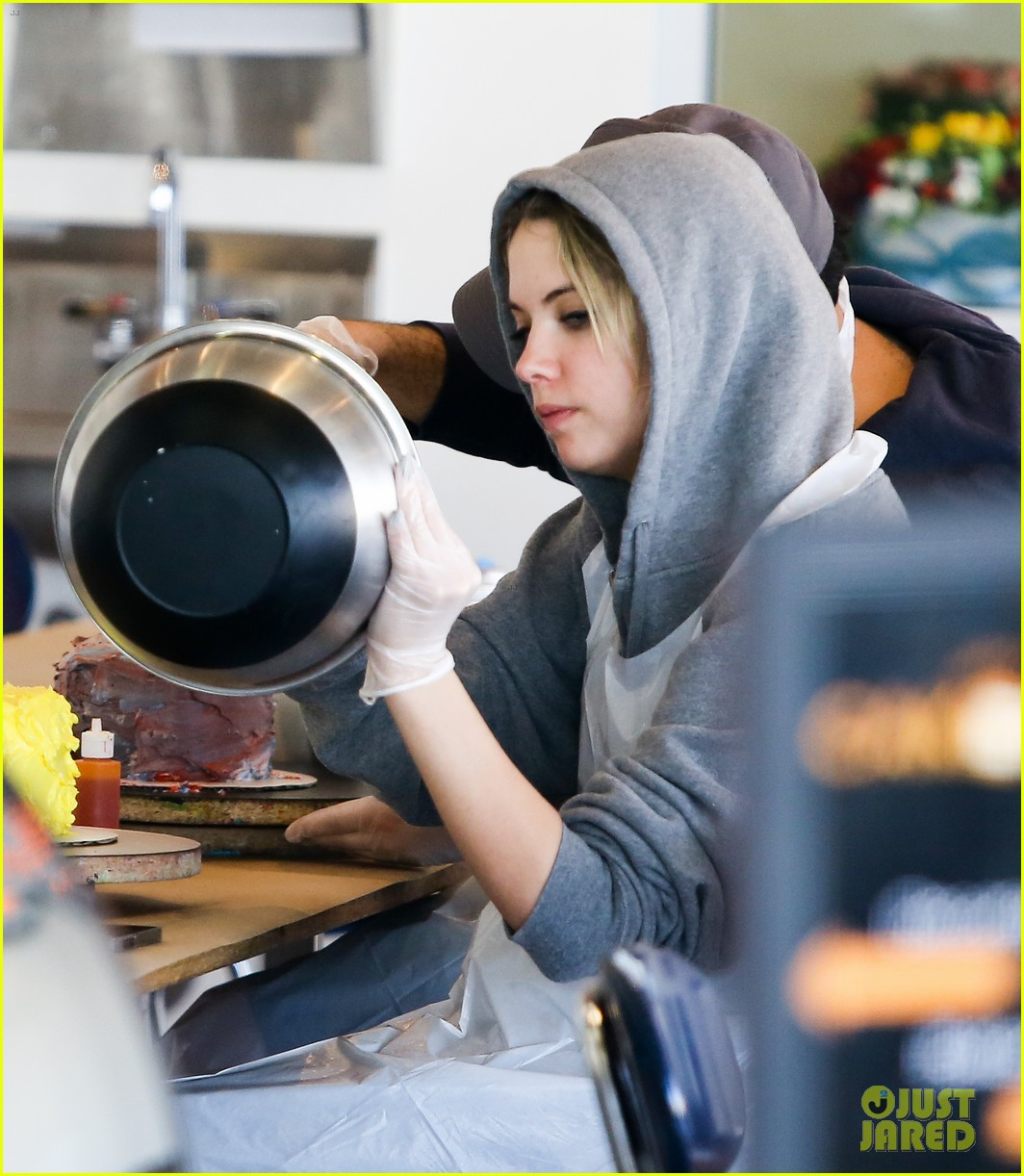 ashley benson duffs cakemix girl 17