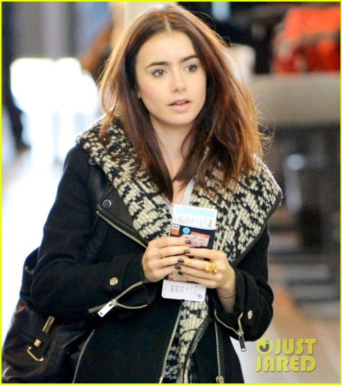 lily collins lax departure 02