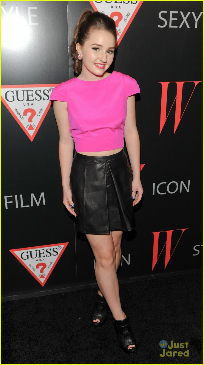 kaitlyn dever w mag party 10