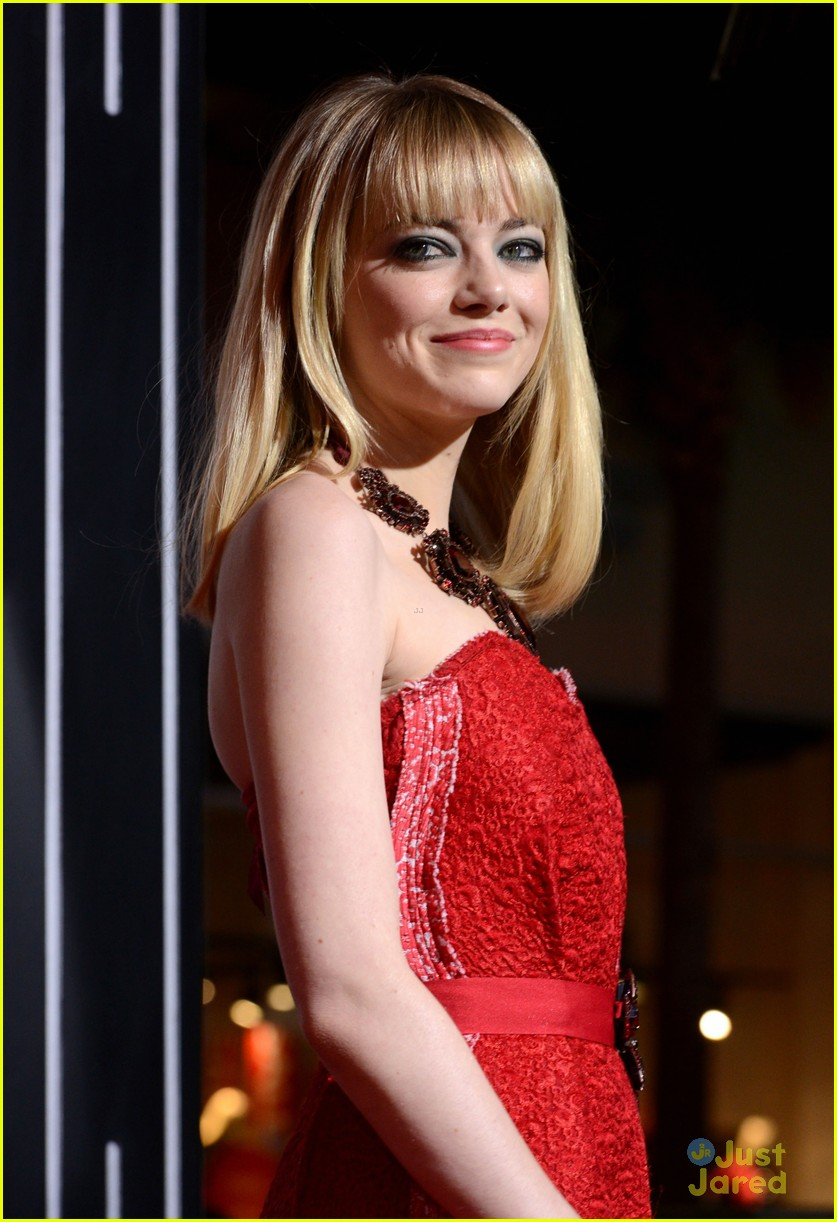 emma stone gangster premiere 11
