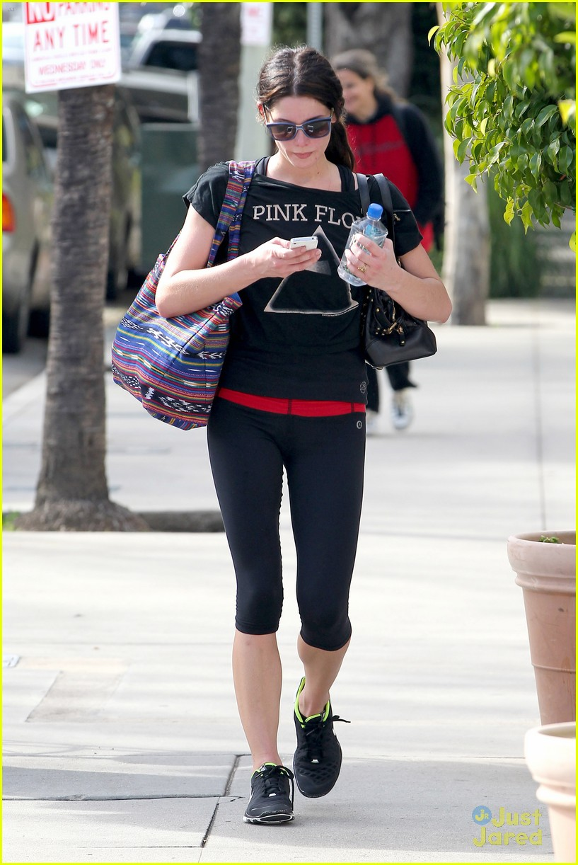 ashley greene mtg gym 05