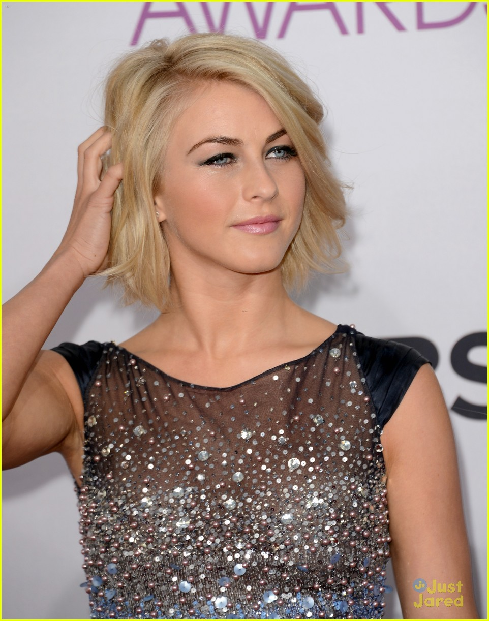 julianne hough pca 2013 09
