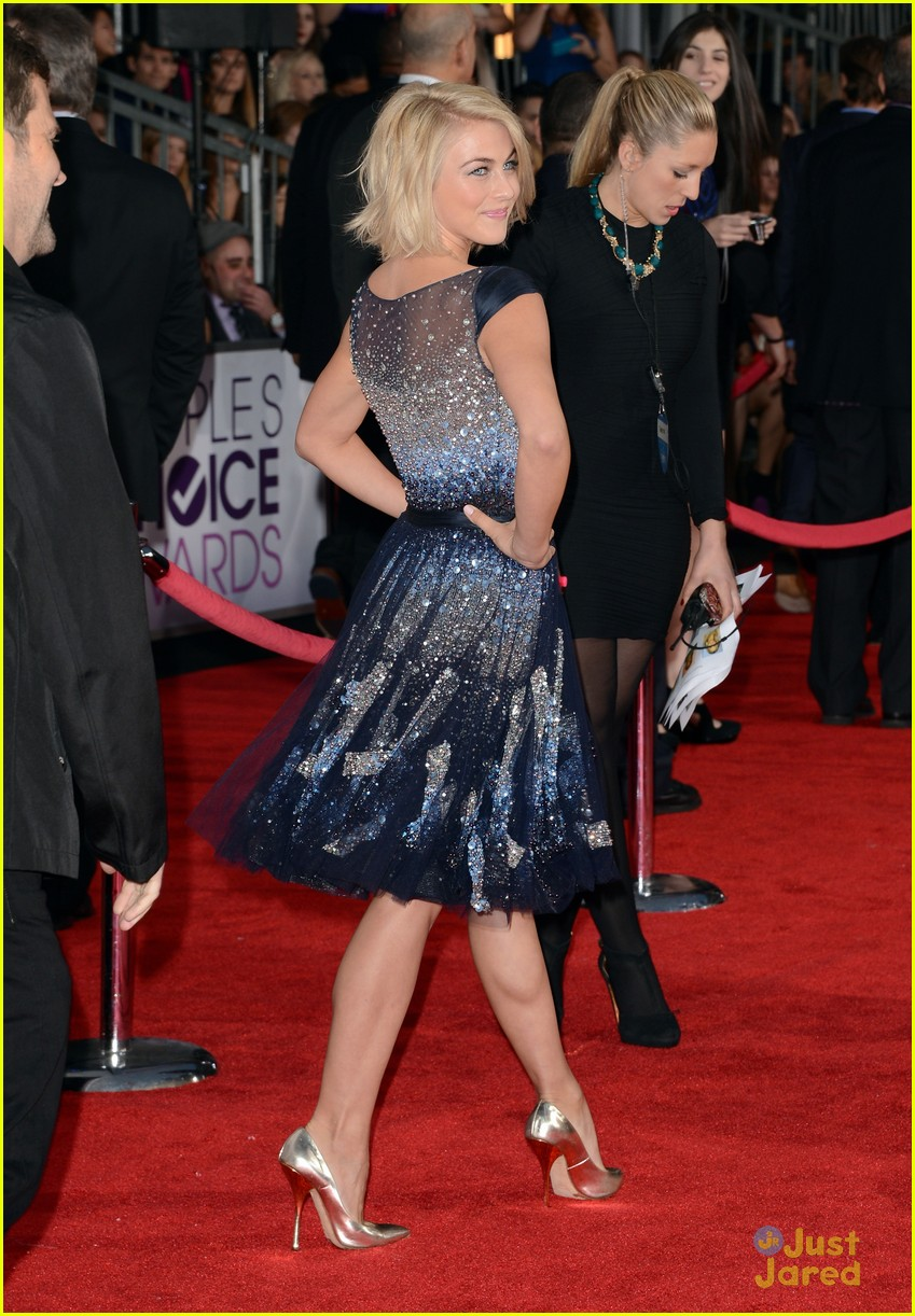julianne hough pca 2013 11