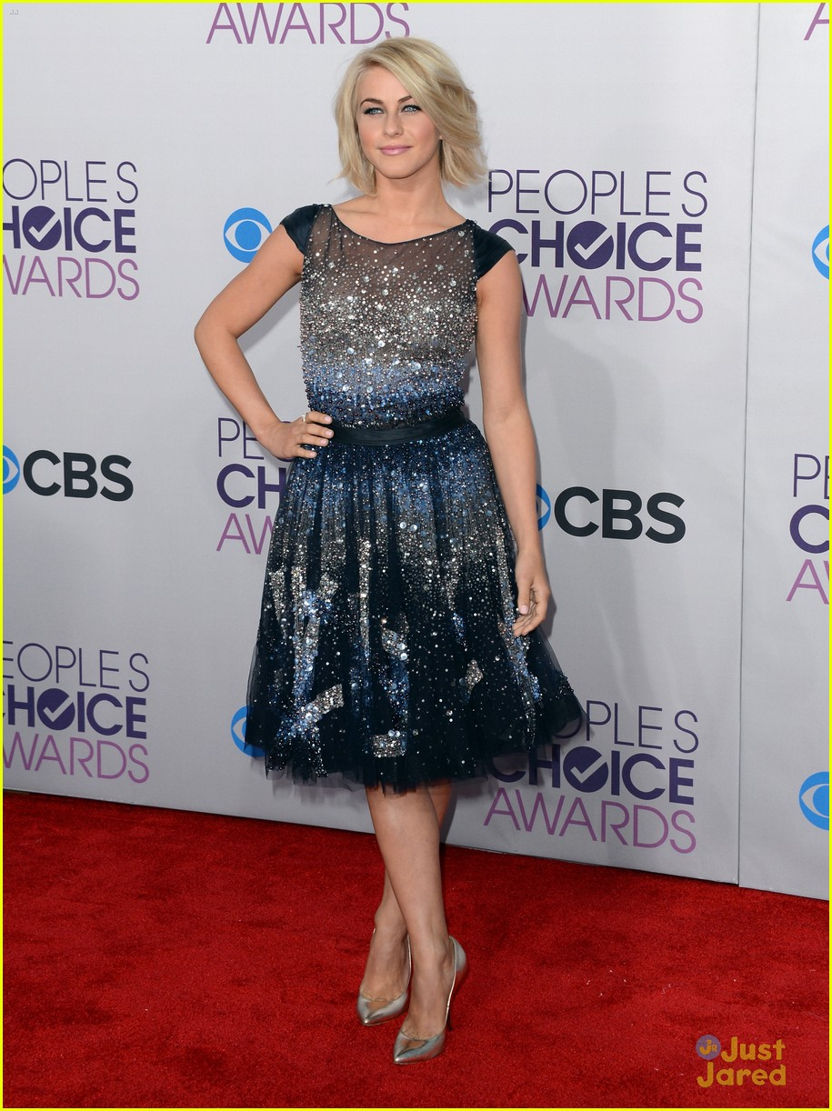 julianne hough pca 2013 13