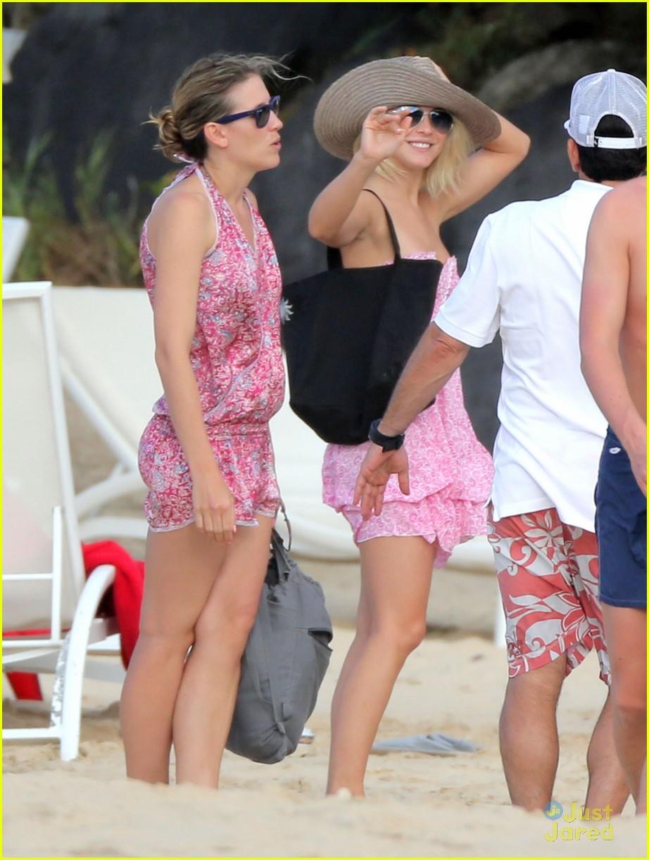 julianne hough pink dress barths 04