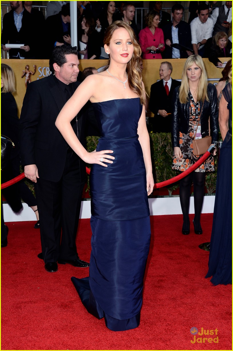 jennifer lawrence sag awards 01