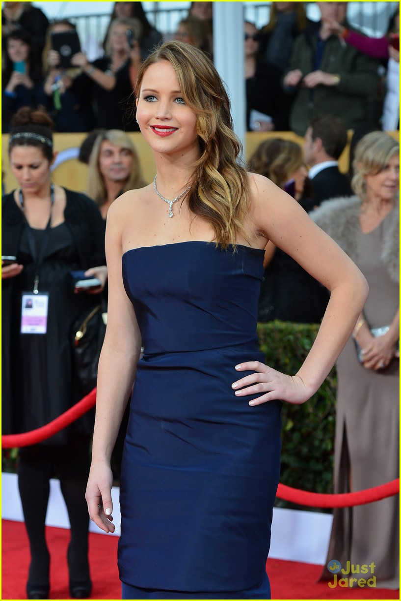 jennifer lawrence sag awards 03