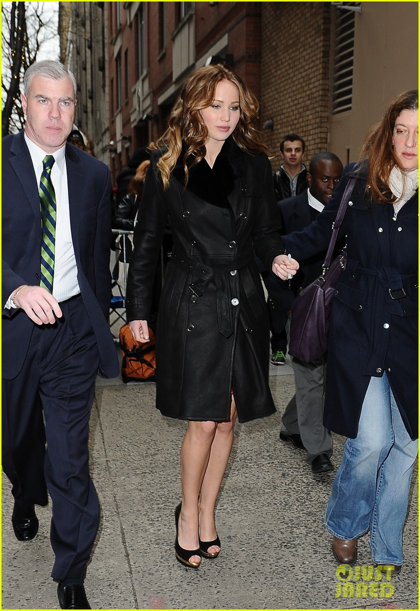 jennifer lawrence live with kelly taping 01