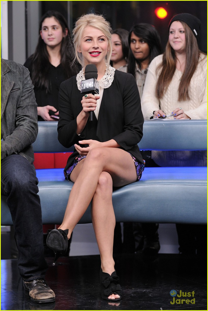 julianne hough nml haven premiere 11