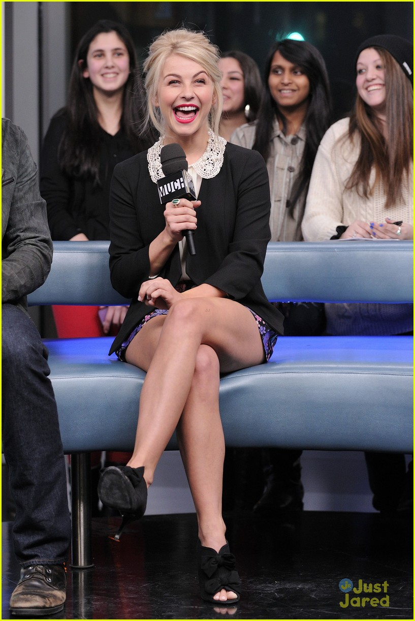 julianne hough nml haven premiere 16