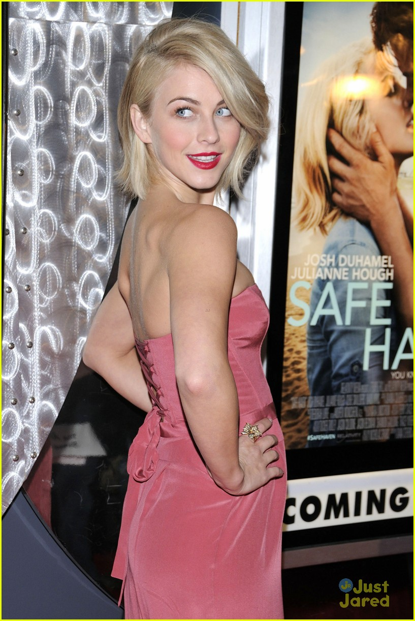 julianne hough nml haven premiere 19