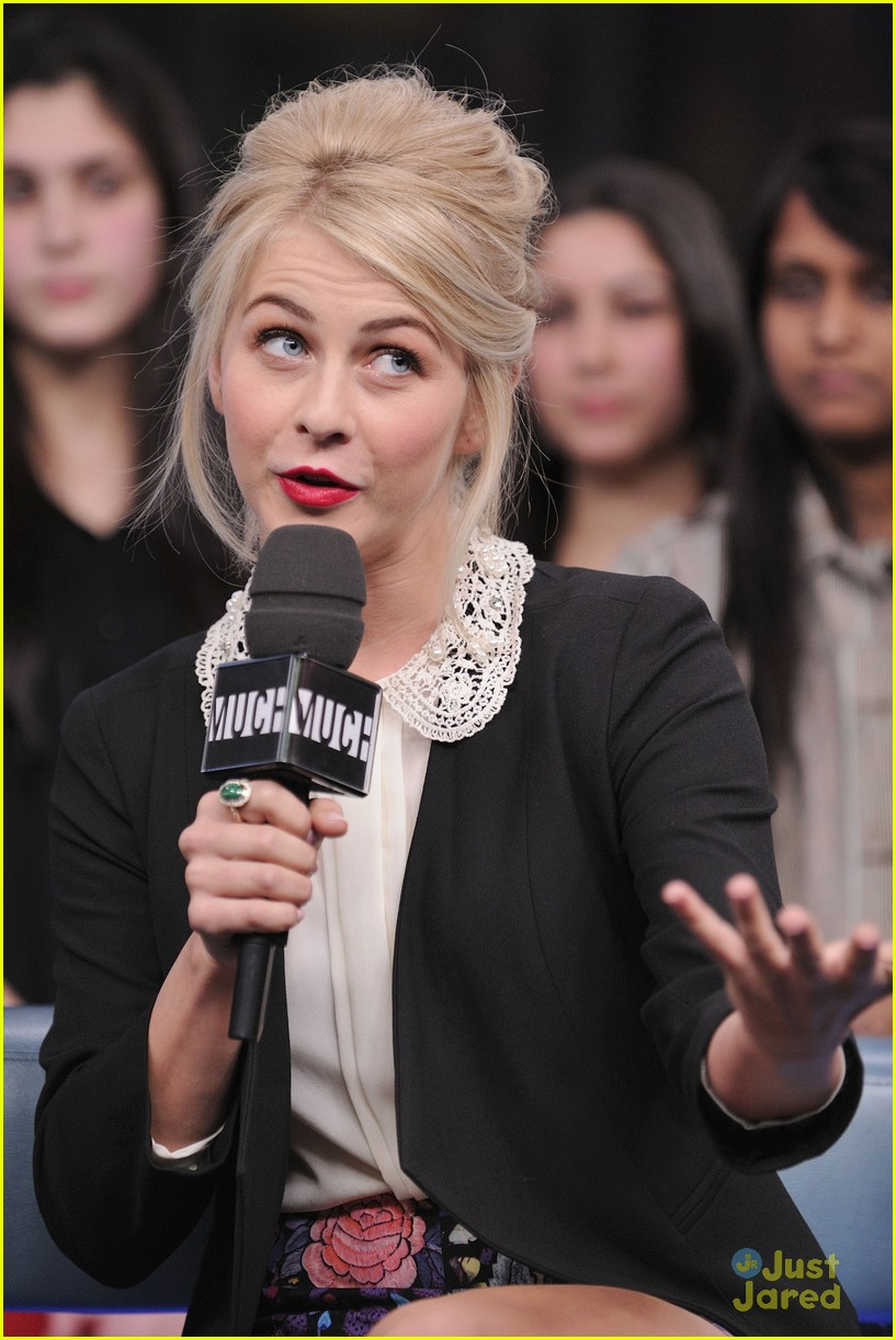 julianne hough nml haven premiere 21