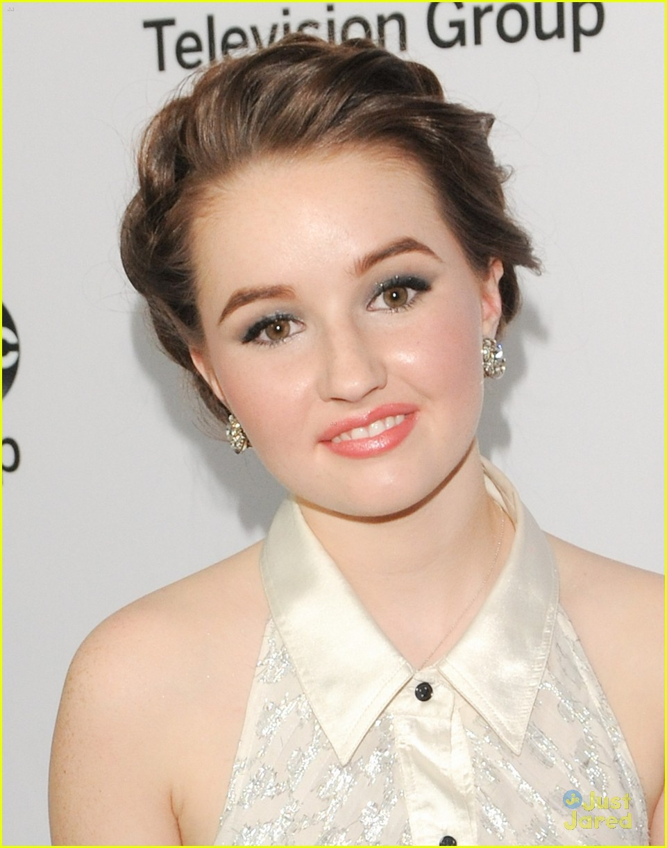 kaitlyn dever allie gonino allie grant abc tca party 03