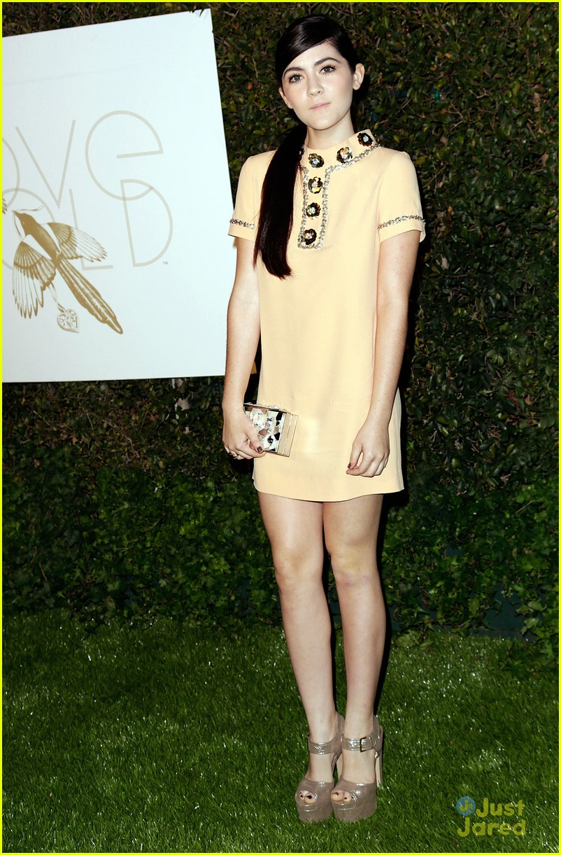 kelsey chow isabelle fuhrman love gold event 02