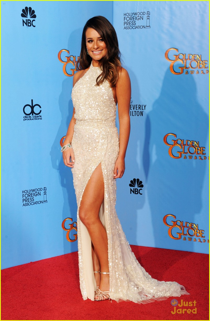 lea michele golden globes 15