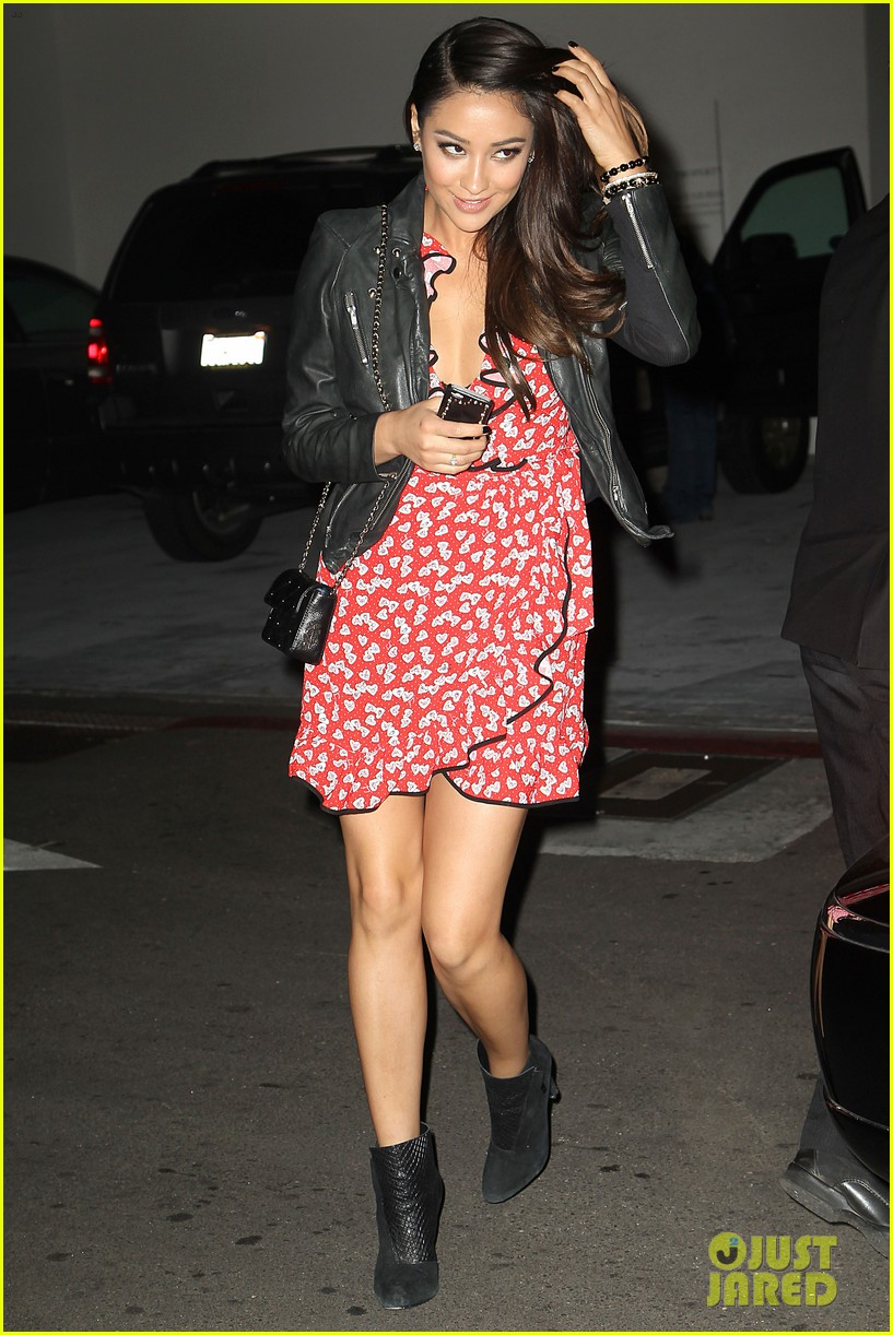 shay mitchell juicy couture fragrance launch 14