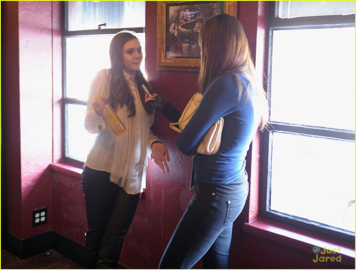 elizabeth olsen dakota fanning vgg interviews 18
