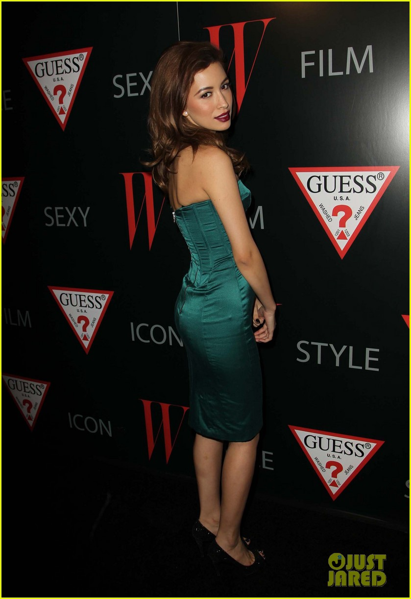 renee olstead christian serratos 30 years of fashion and film red carpet 22