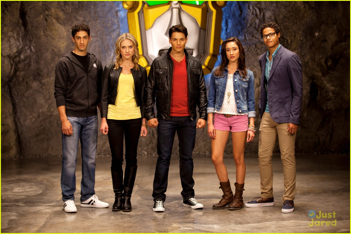power rangers megaforce cast pics 17