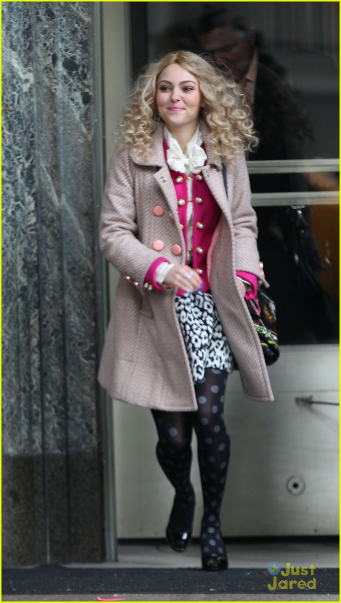 annasophia robb polka dot tights 10