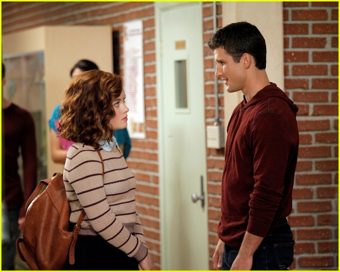 jane levy suburgatory chicken 09