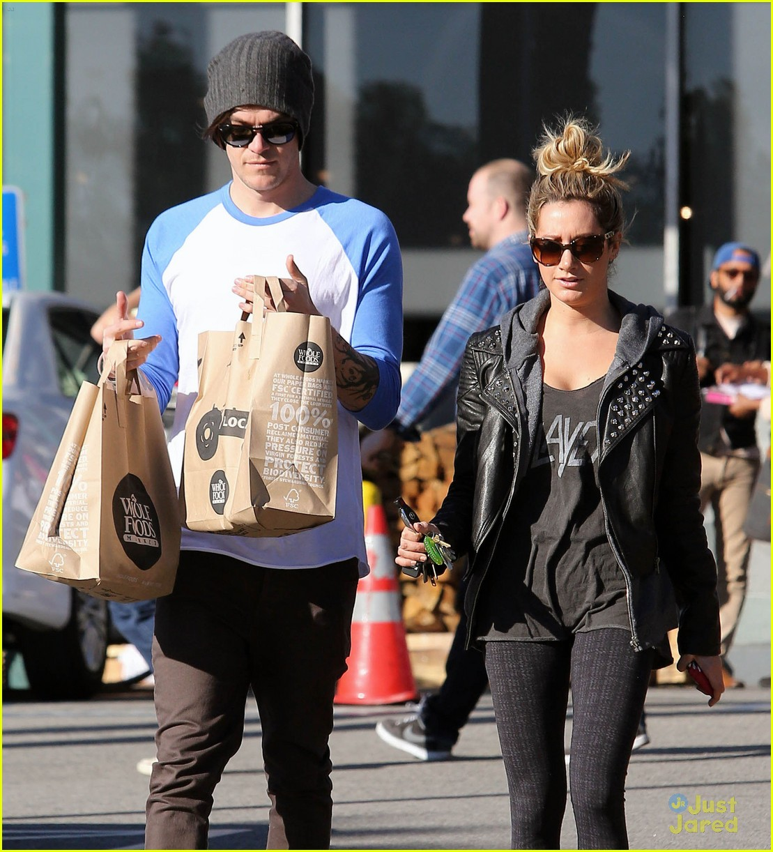 ashley tisdale chris french whole foods 02