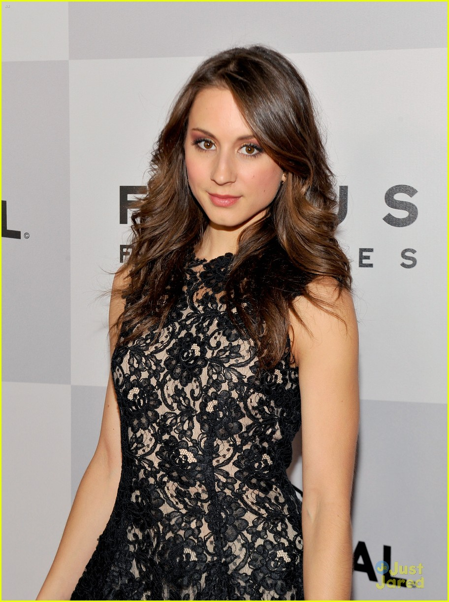 troian bellisario gg party patrick adams 04
